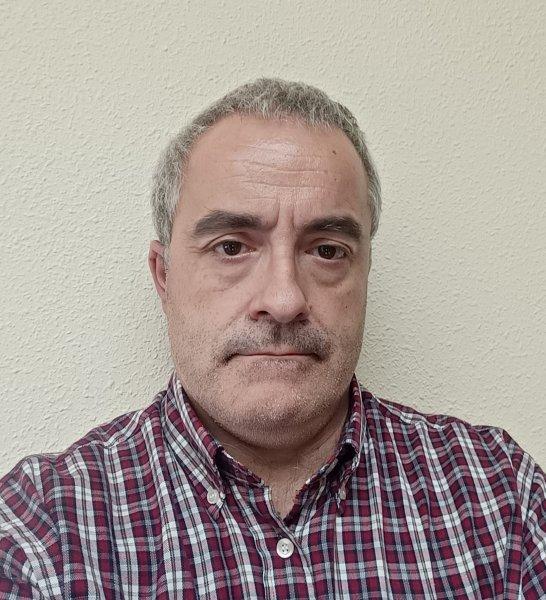 Alejandro López González